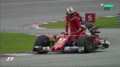F1 2017 GP Malesia, Vettel abbandona la sua Ferrari