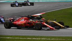 F1 2017 GP Malesia, Vettel contro Hulkenberg