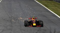 F1 2017 GP Monza, la foratura di Max Verstappen