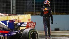 F1 2017 GP Singapore, il ritiro di Daniil Kvyat