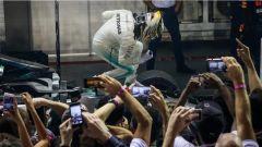 F1 2017 GP Singapore, Lewis Hamilton firma la settima vittoria stagionale