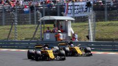 F1 2017 GP Ungheria, le Renault di Hulkenberg e Palmer