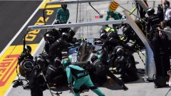 F1 2017 GP Ungheria, Valtteri Bottas al pit-stop