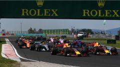 F1 2017 GP Ungheria, Verstappen e Ricciardo in contatto