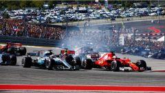 F1 2017 GP USA, prima curva