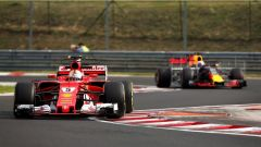 F1 2017 Test Hungaroring, Sebastian Vettel davanti a Pierre Gasly
