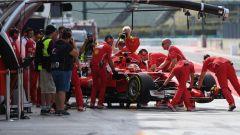 F1 2017 Test Hungaroring, Sebastian Vettel torna ai box