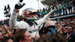 """GP Brasile, Verstappen: """"Colpa di un idiota"""". E con Ocon finisce a spintoni - Immagine: 7"""