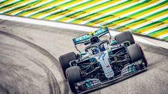 GP Brasile: vince Hamilton, ma merita Verstappen (buttato fuori da Ocon) - Immagine: 2