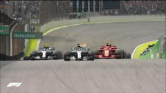 GP Brasile: vince Hamilton, ma merita Verstappen (buttato fuori da Ocon) - Immagine: 4