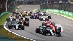 GP Brasile: vince Hamilton, ma merita Verstappen (buttato fuori da Ocon) - Immagine: 8