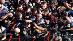 F1 2018 GP Cina, Daniel Ricciardo festeggia con la Red Bull