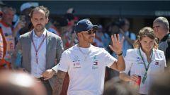 F1 2018, GP Gran Bretagna, Lewis Hamilton saluta i tifosi