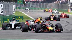F1 2018, GP Messico, Olè Verstappen! Le Ferrari sul podio. Hamilton: 5° titolo!