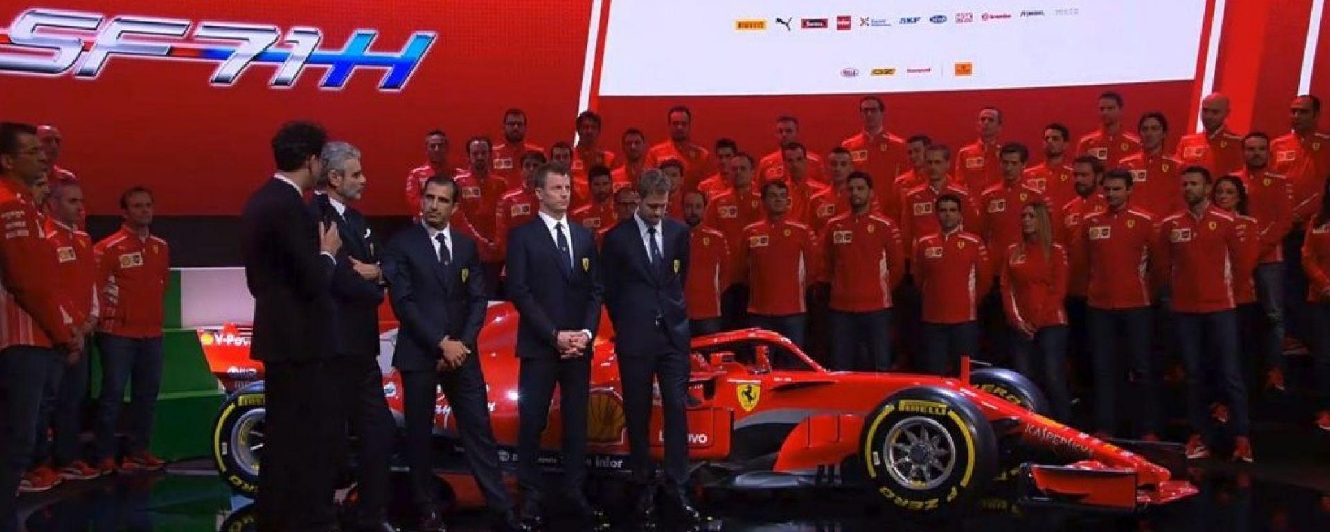 F1 2018: tutte le immagini della Ferrari SF71H