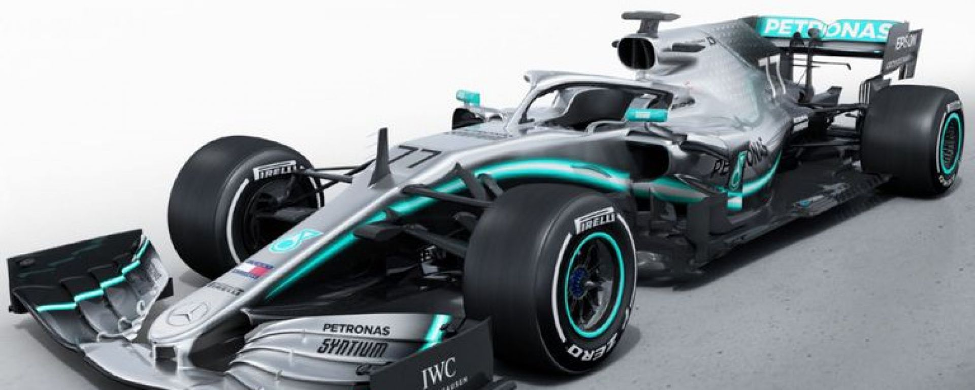 Presentata LIVE la nuova Mercedes W10. Video, gallery e dichiarazioni