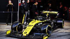 Test F1 Barcellona, day-1. la Ferrari si traveste da Mercedes - Immagine: 11
