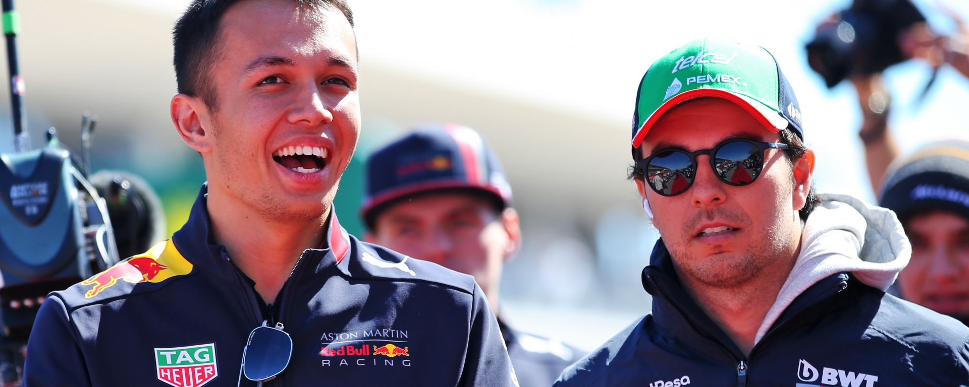 F1 2020: Alex Albon (Red Bull) e Sergio Perez (Racing Point)