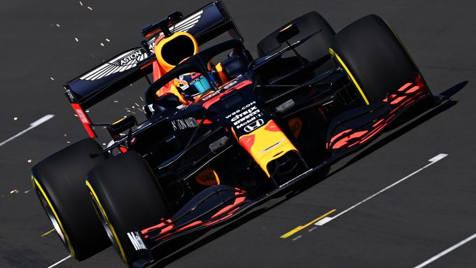 F1 2020, Alex Albon (Red Bull) impegnato nel filming day a Silverstone