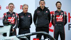F1 2020: Kevin Magnussen e Romain Grosjean assieme a Gene Haas e Gunther Steiner