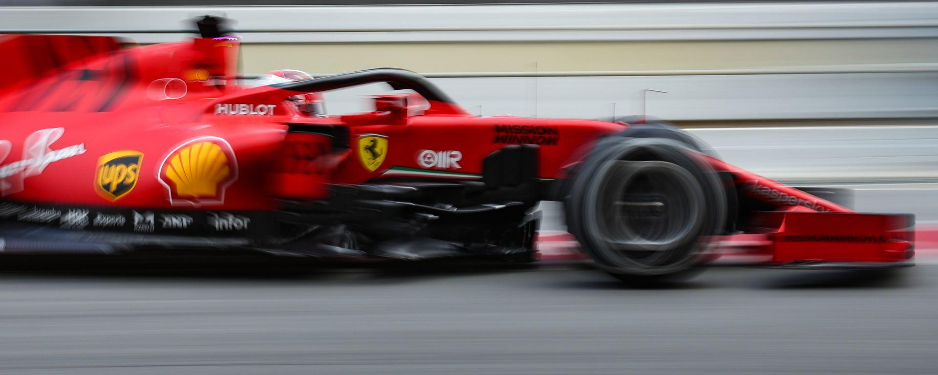 F1 2020, la Ferrari SF1000 durante i test precampionato di Barcellona