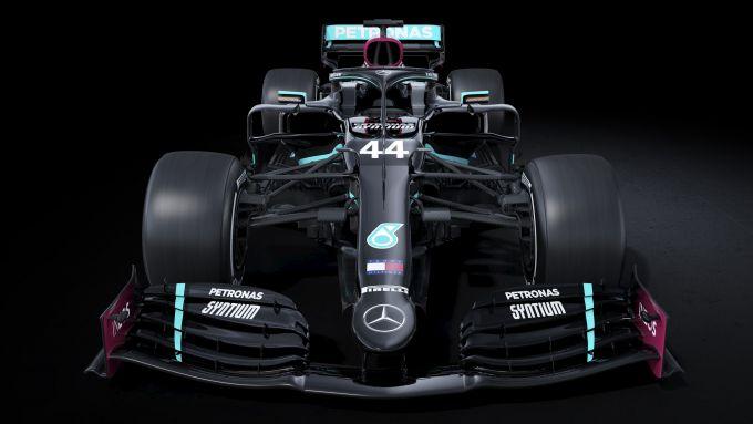 F1 2020, la nuova livrea della Mercedes W11 di Hamilton
