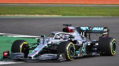 F1 2020: Lewis Hamilton al volante della Mercedes W11