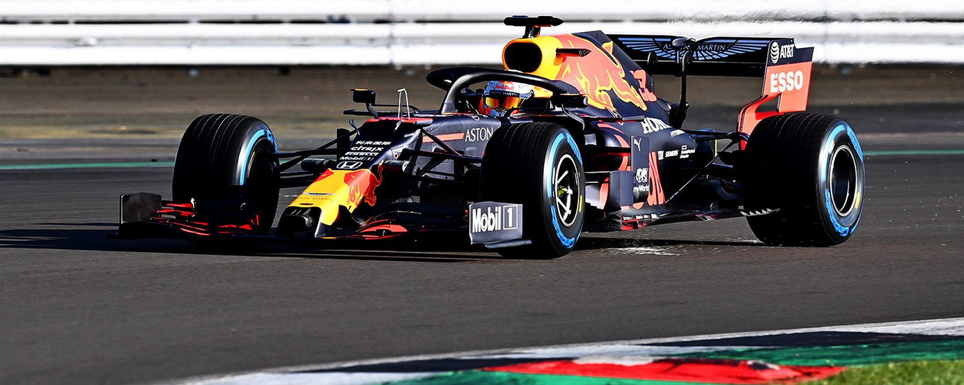 F1 2020: Max Verstappen impegnato nello shakedown della Red Bull RB16