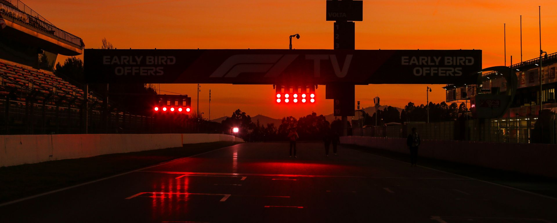 F1 2020: tramonto sui test invernali di Barcellona