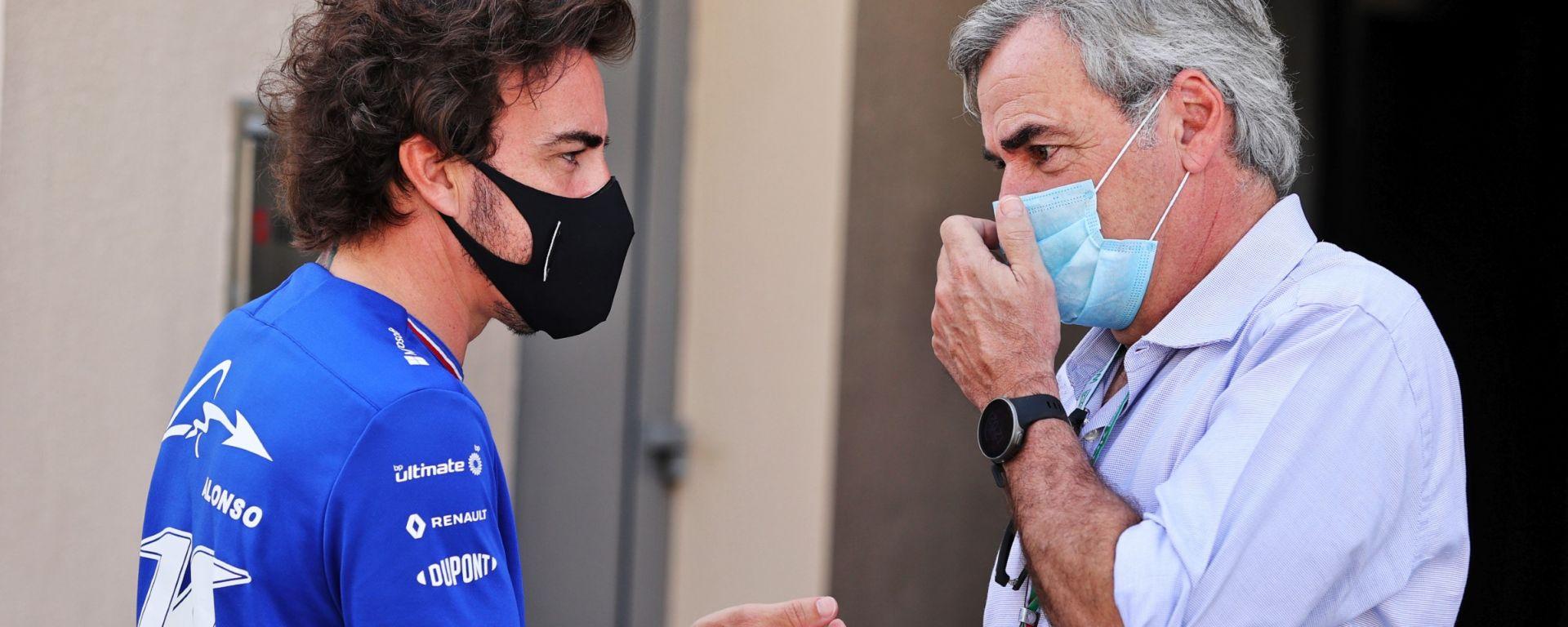 F1 2021: Carlos Sainz senior con Fernando Alonso