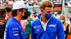 Alonso e Schumacher: incidente, scuse e... scrigno dei ricordi