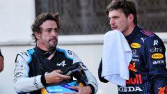 Adesso Alonso solidarizza con Verstappen