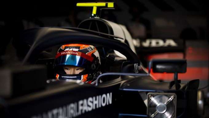 F1 2021, Imola: il filming day di Yuki Tsunoda (AlphaTauri AT02) all'Enzo e Dino Ferrari