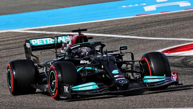 F1 2021, la Mercedes F1 W12 E Performance nei test in Bahrain