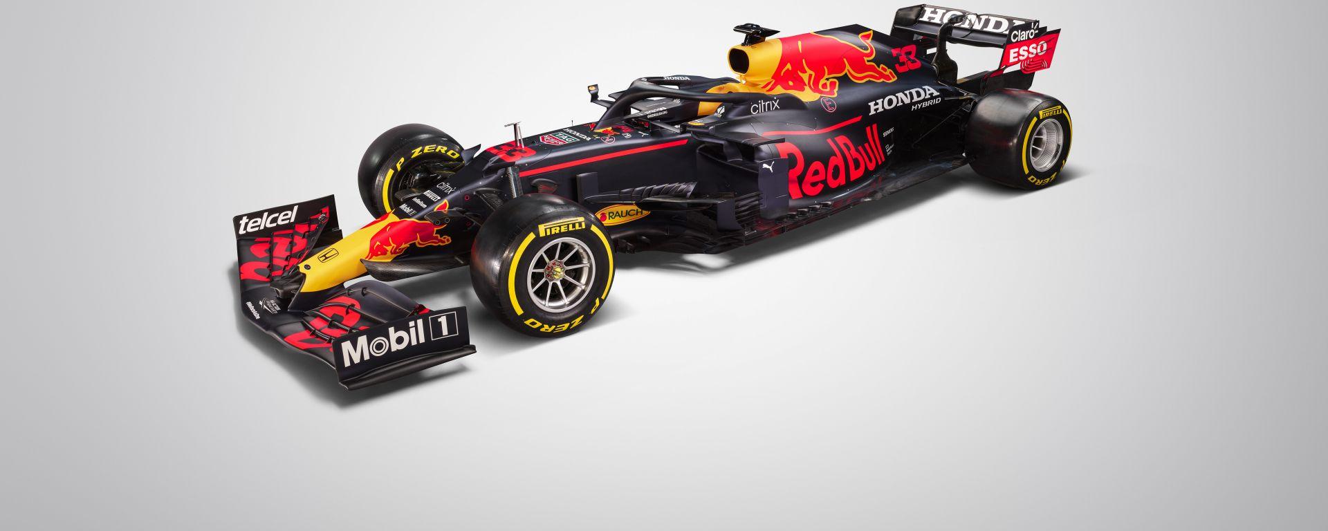 F1 2021, le prime immagini in studio della Red Bull RB16B 2021 di Verstappen e Perez