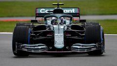 F1 2021, lo shakedown dell'Aston Martin AMR21 a Silverstone