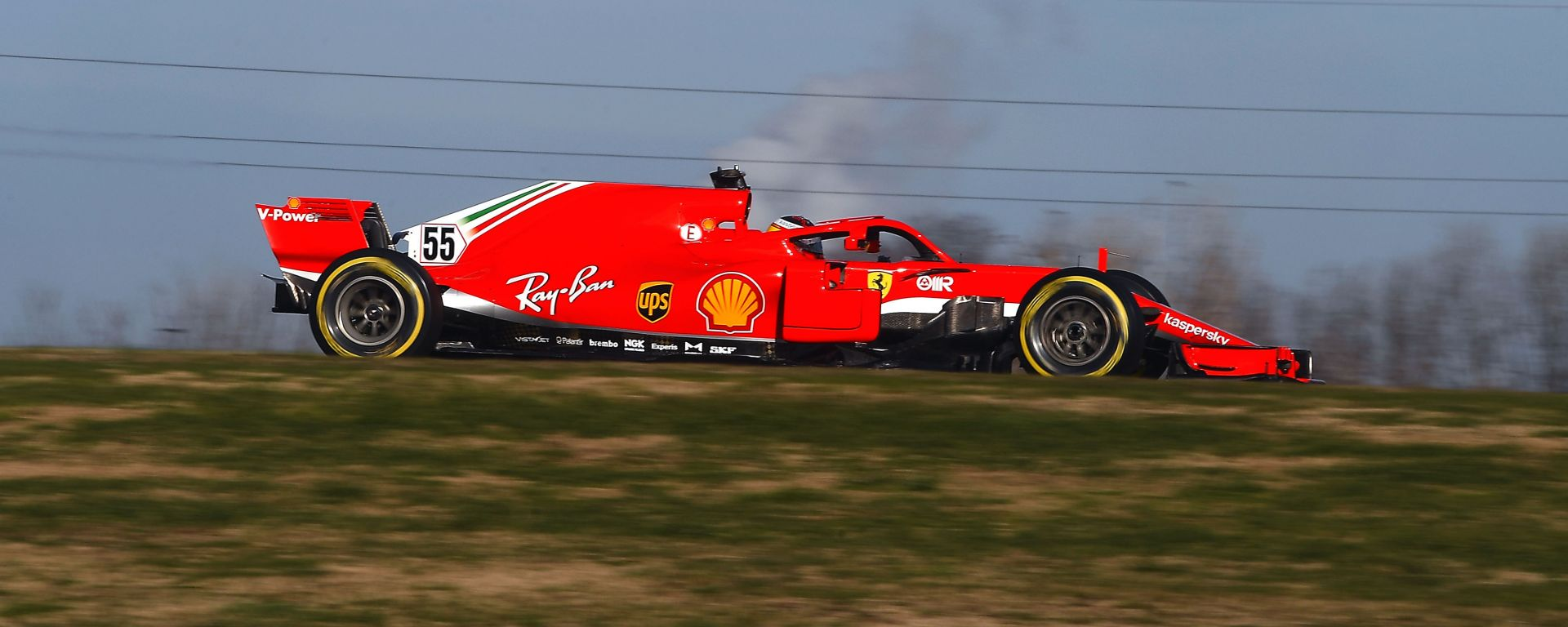 F1 2021, primi chilometri di Carlos Sainz al volante della Ferrari SF71H a Fiorano