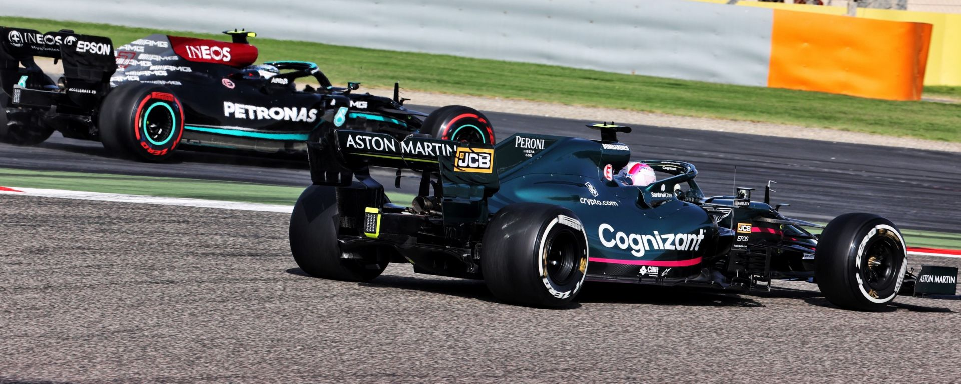 F1 2021: Sebastian Vettel (Aston Martin) e Valtteri Bottas (Mercedes)