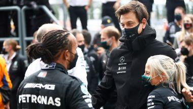 F1 2021: Toto Wolff con Lewis Hamilton
