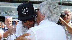 Bernie Ecclestone stronca l'Hamilton di quest'anno