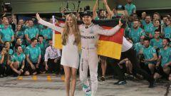 """Mercedes e il """"bizzarro"""" momento del ritiro di Rosberg"""