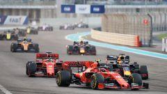 F1, GP Abu Dhabi 2019: Il duello iniziale tra Charles Leclerc (Ferrari) e Max Verstappen (Red Bull)