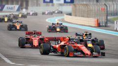F1, GP Abu Dhabi 2019: le Ferrari di Charles Leclerc e Sebastian Vettel all'attacco della Red Bull di Max Verstappen