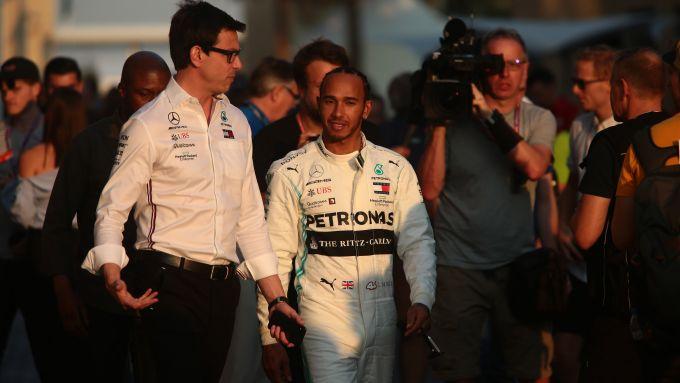 F1, GP Abu Dhabi 2019: Toto Wolff e Lewis Hamilton (Mercedes)