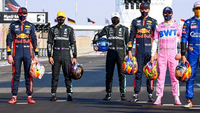 F1, GP Abu Dhabi 2020: foto di gruppo per Max Verstappen, Lewis Hamilton, Valtteri Bottas, Alex Albon, Sergio Perez e Carlos Sai