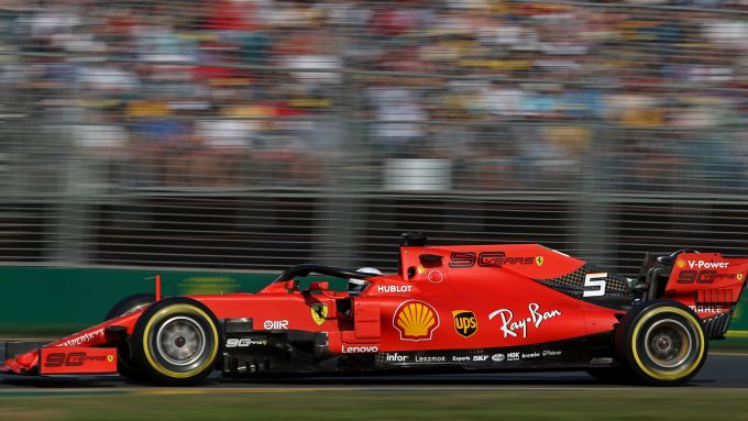 F1, GP Australia 2019: la SF90 di Sebastian Vettel con la livrea celebrativa dei 90 anni della Scuderia Ferrari