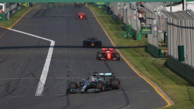F1, GP Australia 2019: Valtteri Bottas (Mercedes) comanda la gara