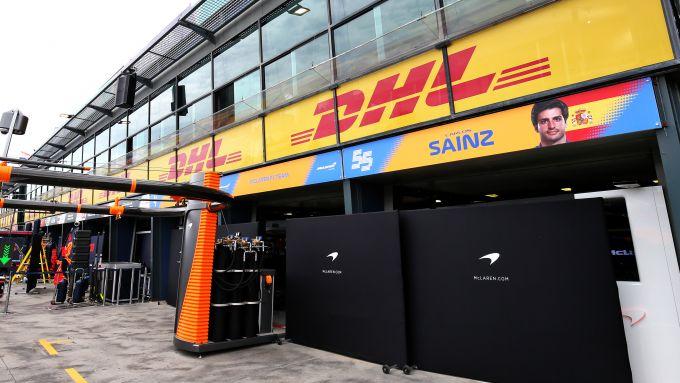 F1 GP Australia 2020, Melbourne: il box McLaren serrato dopo il ritiro del team