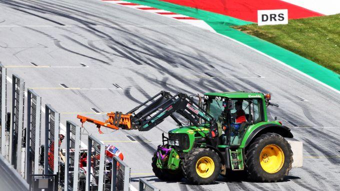 F1, GP Austria 2020: il velocissimo trattore