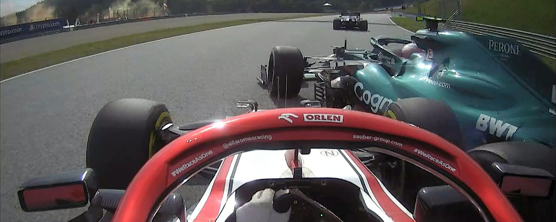 F1, GP Austria 2021: il contatto tra Kimi Raikkonen e Sebastian Vettel